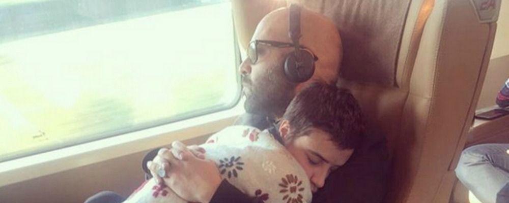 Giuliano Sangiorgi dei Negramaro è diventato papà, è nata la figlia Stella e per lei apre Instagram