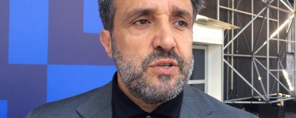 Flavio Insinna all'Eredità: 'Fabrizio insostituibile, cercherò di non deluderlo'