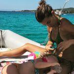 Elisabetta Canalis, tenero video con la figlia Skyler Eva: 'Mamma, sono troppo bellissima'