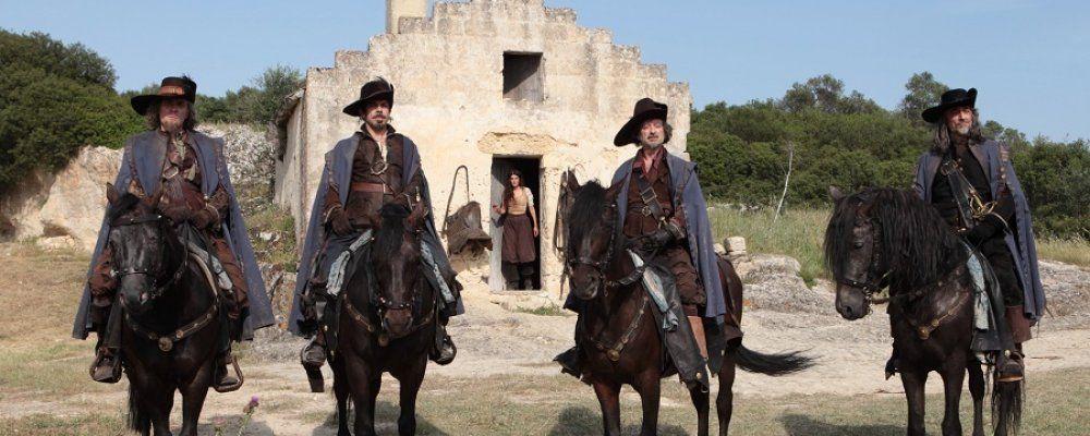 I Moschettieri del re la penultima missione, Favino è D'Artagnan: cast e la trama del film di Veronesi
