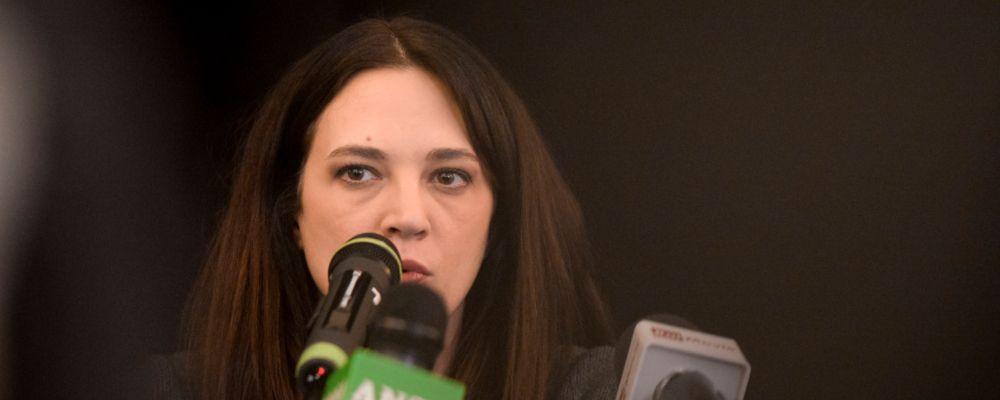 Asia Argento contro Rose McGowan: 'Scusati per le orrende bugie altrimenti tribunale'
