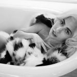 Lady Gaga: 'Soffro di fibromialgia, ansia e stress post-traumatico a causa di uno stupro'