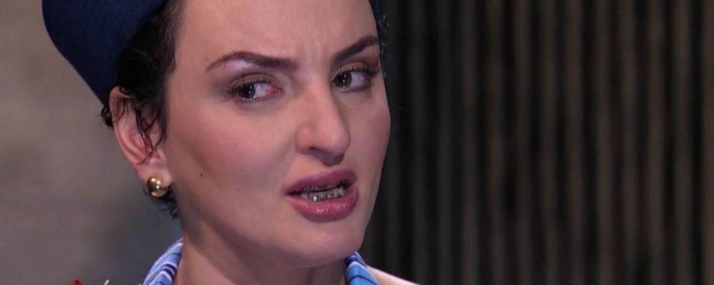 Arisa, lacrime in tv per l'ex: 'L'amore può essere cannibale'