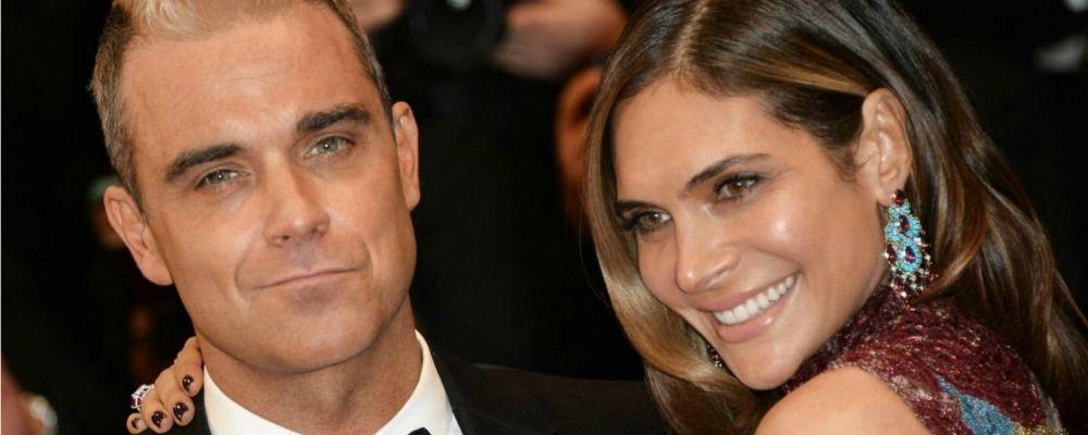 Robbie Williams e Ayda Field genitori a sorpresa con madre surrogata
