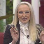 Grande Fratello VIP, Eleonora Giorgi svela: 'Ad Amici di Maria De Filippi pagano pochissimo'