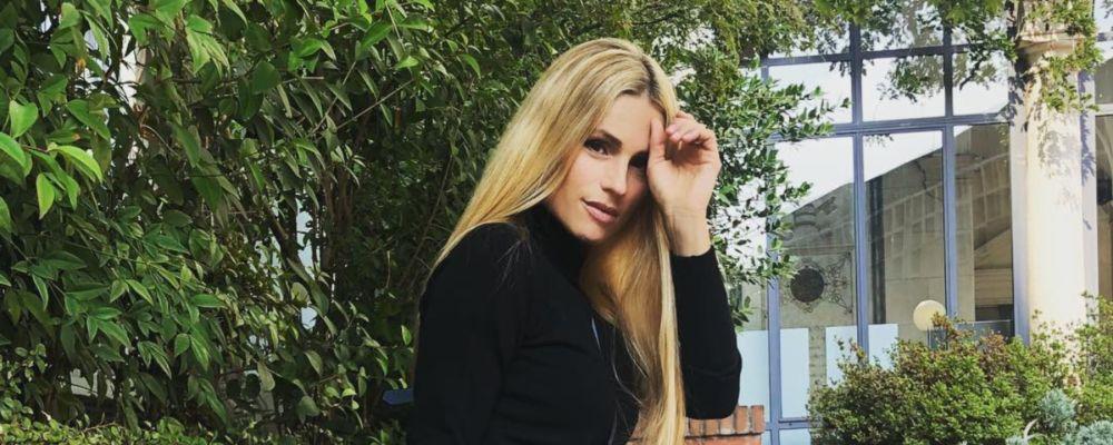 Michelle Hunziker: 'Pensavo mio padre amasse l'alcol più di me ma lo difendevo contro tutti'