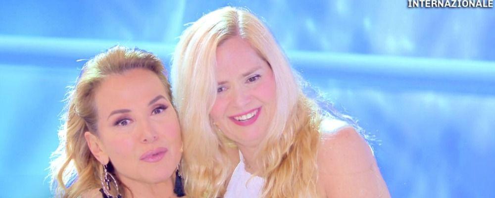 Grecia Colmenares ospite di Domenica Live, ma dice ai fan di seguire Domenica In