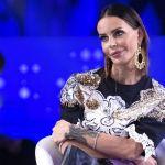 Nina Moric cambia look e diventa Nina Biondic