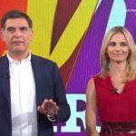La Vita in diretta, Tiberio Timperi fa pace con Francesca Fialdini e sgrida l'inviata