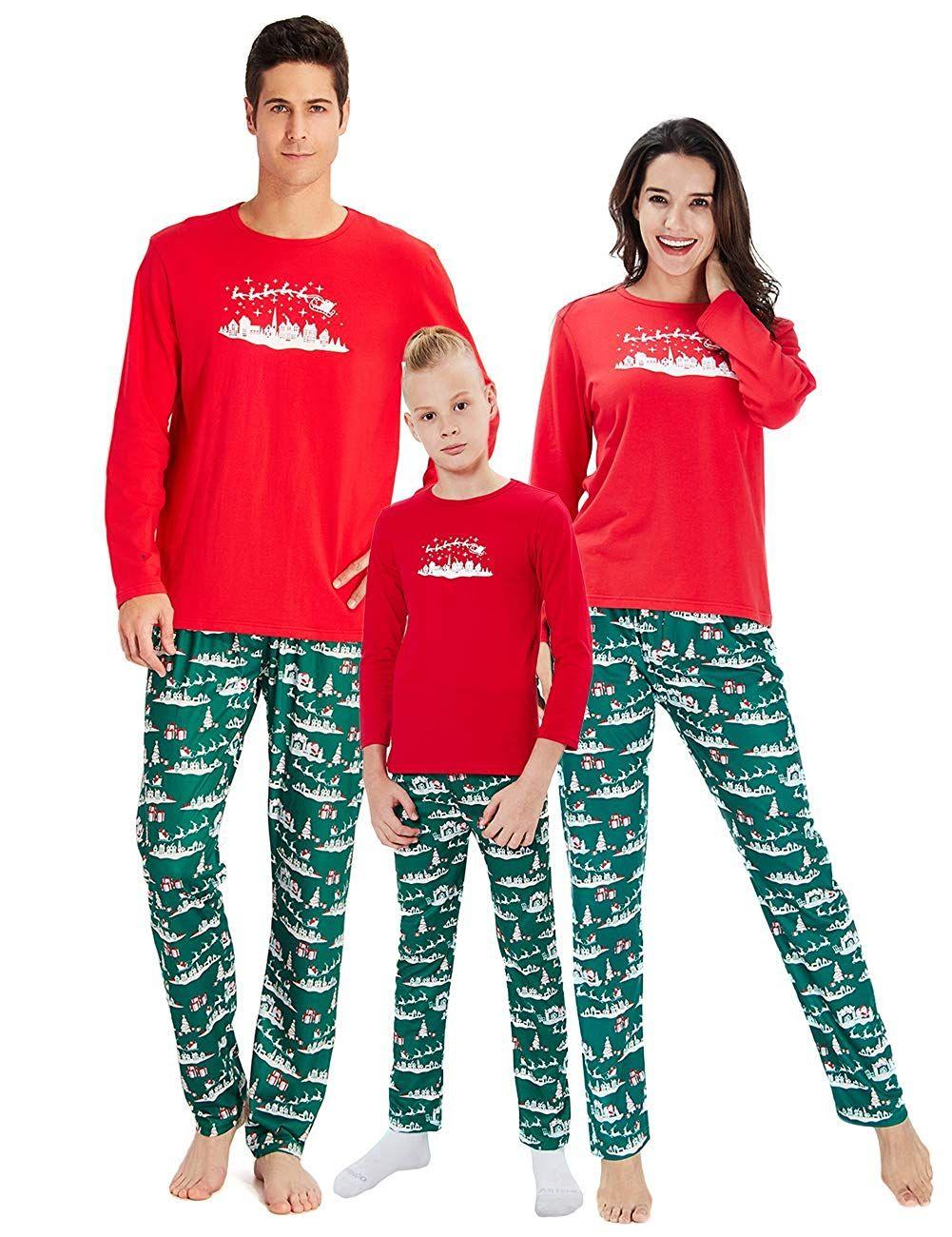 selezione migliore 2027b cb747 Natale in famiglia, i pigiami sono coordinati – Tvzap