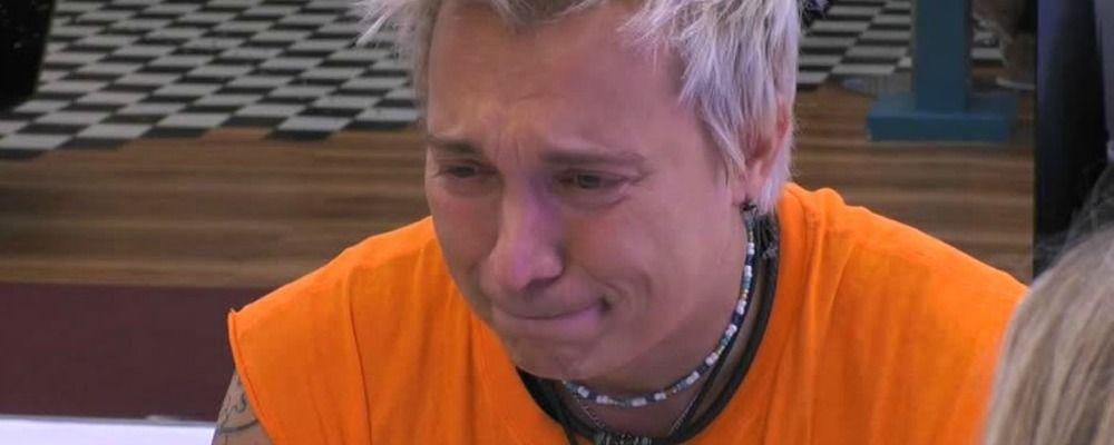 Grande Fratello Vip 2018, Andrea Mainardi in lacrime: 'Pesavo oltre 100 chili, non avevo una lira'