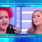 Domenica Live, Luciana Turina minaccia Karina Cascella: 'Ti attacco al muro'