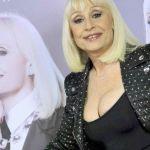 Raffaella Carrà, Chi l'ha detto è il singolo natalizio che anticipa l'album