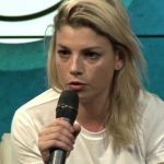 Emma Marrone e la malattia: 'L'unico ricordo brutto che ho è l'odore di disinfettante'
