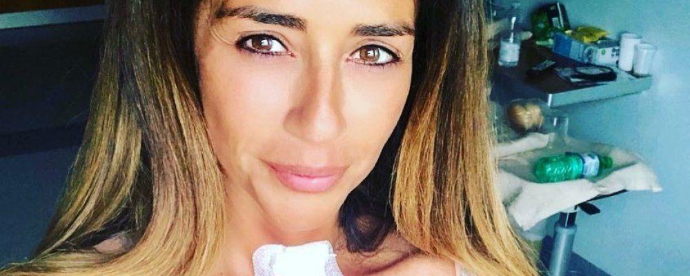 Raffaella Mennoia e la rivelazione su Instagram: operazione e ricovero in ospedale
