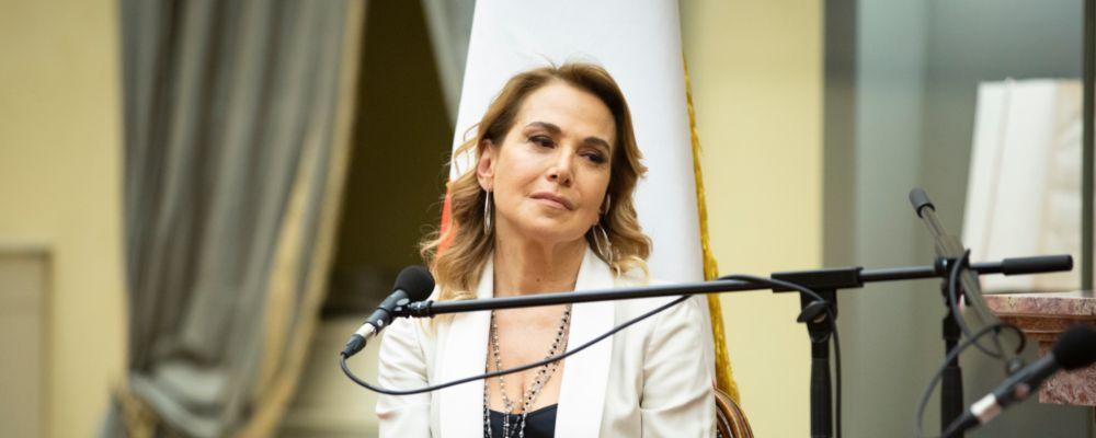 Barbara D'Urso si prende tutto Canale 5: 'Terrorizzata, è la sfida più difficile della mia carriera'