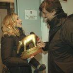 Tapiro d'oro a Lorella Cuccarini che risponde alla Parisi: 'Non voglio essere strumentalizzata'