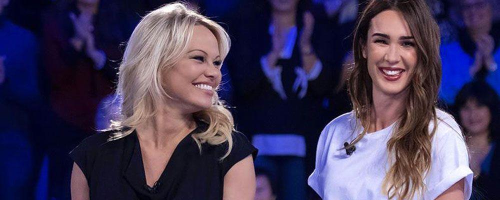 Verissimo, Pamela Anderson: 'Ad Hollywood ti promettono grandi ruoli se fai determinate cose'