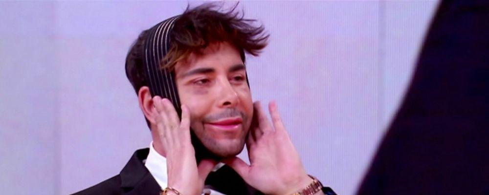 Giacomo Urtis in tv da Chiambretti irriconoscibile dopo il lifting