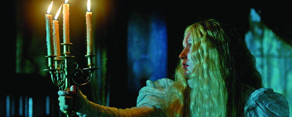 Crimson Peak: trama, cast e curiosità del film di Guillermo Del Toro con Jessica Chastain