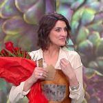 La prova del cuoco, Elisa Isoardi riceve regali di San Valentino in diretta