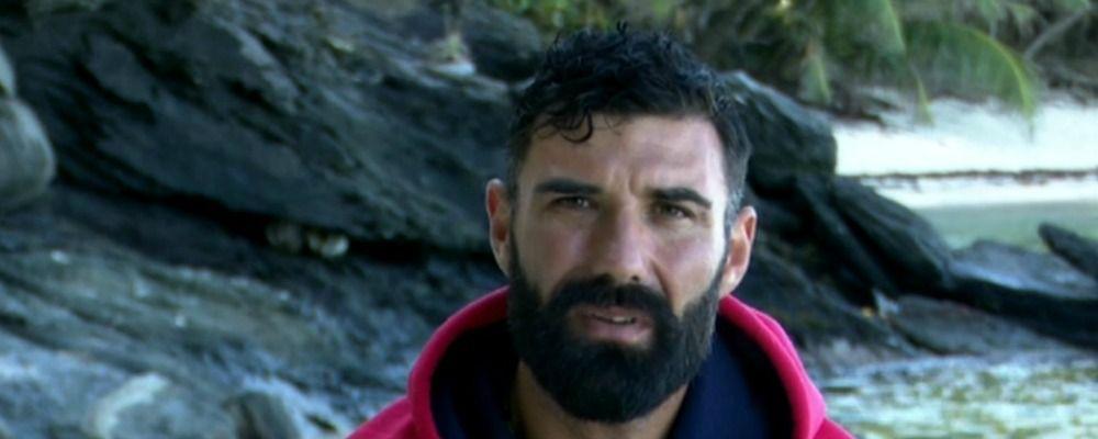 Isola dei famosi 2019, terza puntata John Vitale si è ritirato dopo gli insulti a Barbara D'Urso
