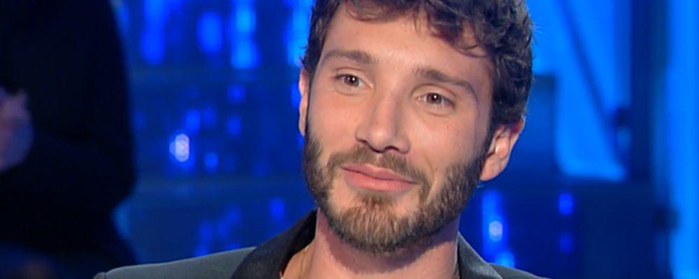 Domenica In, Stefano De Martino e gli abbracci in aeroporto con Belen: 'Non fa male a nessuno'