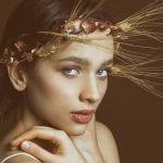 Chi è Antonia Fotaras, la ragazza dai capelli rossi de Il nome della rosa