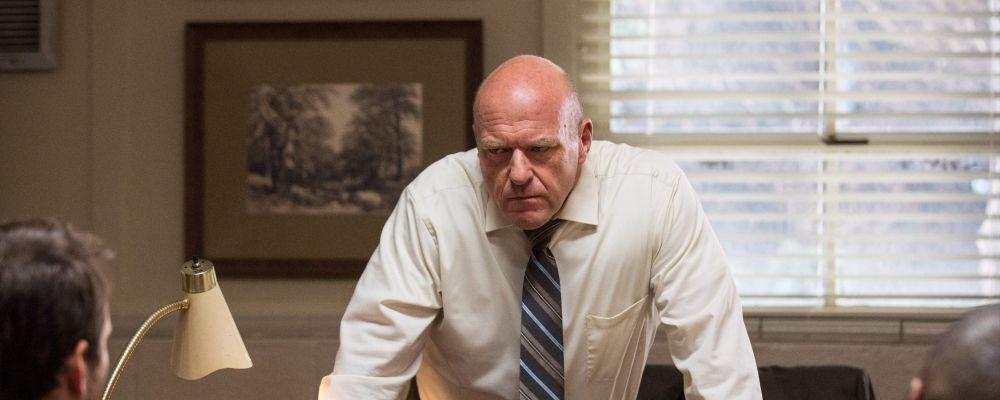 Dean Norris, l'Hank di Breaking Bad, contro lo scandalo dei college USA: 'Disgustato'