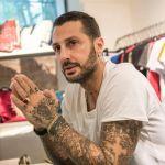 Fabrizio Corona assolto per i 2,6 milioni di euro nascosti nel controsoffitto