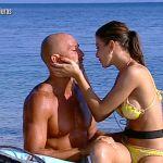 Isola dei famosi 2019, Stefano Bettarini ritrova la fidanzata Nicoletta Larini