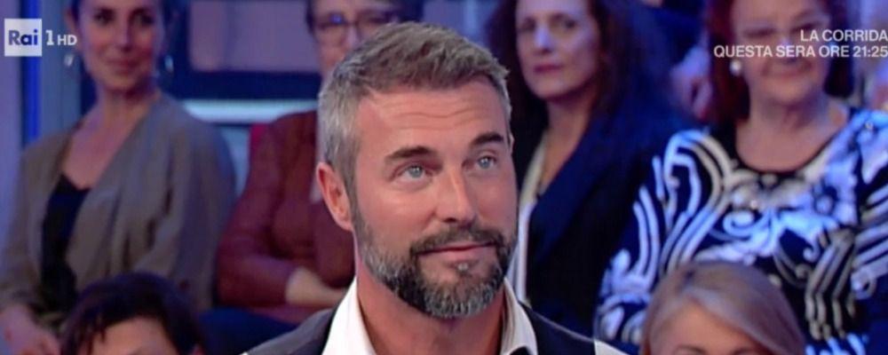 Vieni da me, Flavio Montrucchio imbarazzato per la sorpresa di Caterina Balivo