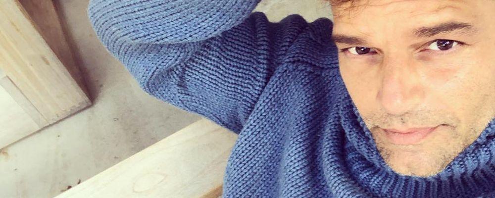 Amici 18, Ricky Martin arriva a Roma: l'incontro con la squadra bianca e il jet lag