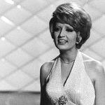 In arte Mina, Pino Strabioli racconta la grande cantante: Fiorello e Giorgia tra gli ospiti