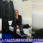 Milly Carlucci a Ballando con le stelle in onda con il piede fratturato