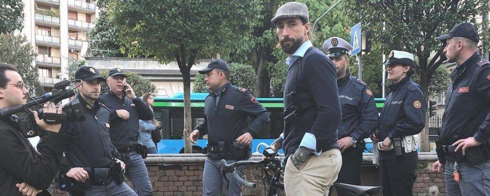 Striscia la notizia, Vittorio Brumotti aggredito presso la stazione di Monza