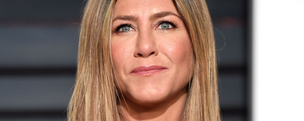 Jennifer Aniston sbarca su Instagram con una foto reunion di Friends