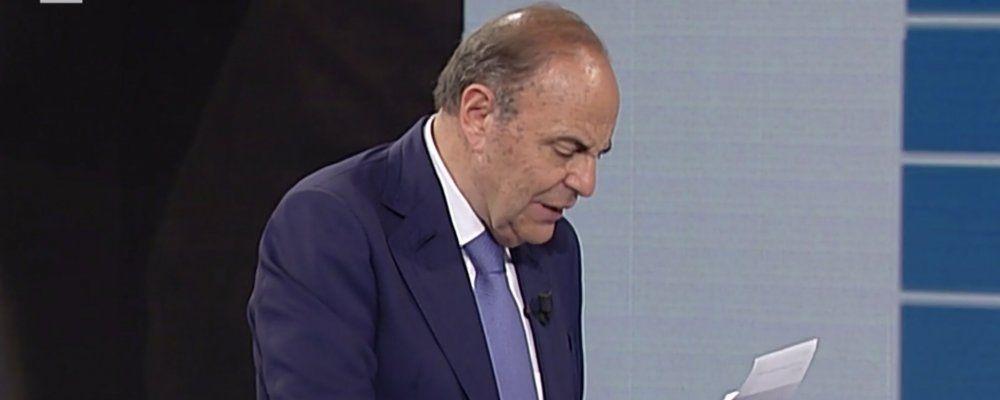 """Bruno Vespa contro lo stop di Porta a Porta: """"Sconcertante"""". La risposta della Rai"""