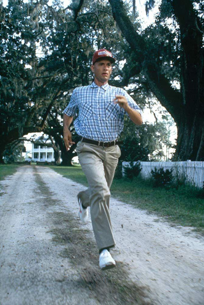 Forrest Gump: trama, cast e curiosità del capolavoro con Tom