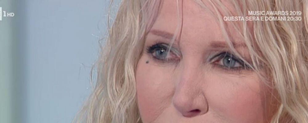 Ivana Spagna a Storie italiane: 'Per farmi rifare il naso i miei genitori hanno fatto debiti'