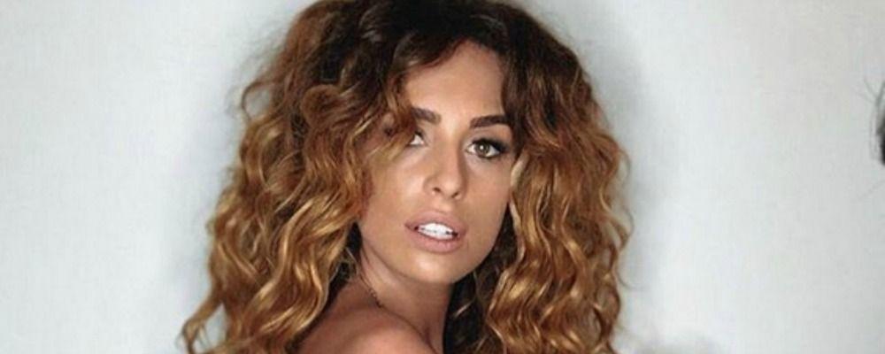 Sara Affi Fella, il tatuaggio è scritto sbagliato e lei cancella la foto