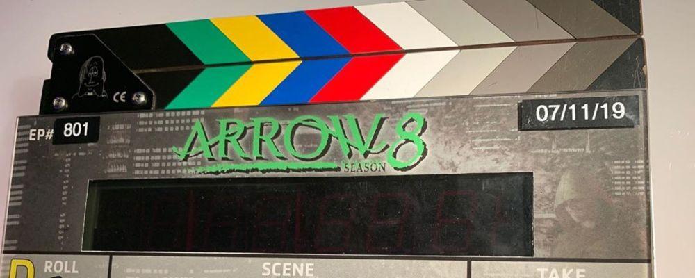Arrow 8, torna Moira Queen ma saluta Felicity Smoak: anticipazioni ultima stagione
