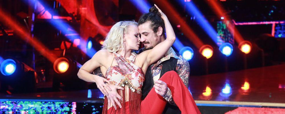 Dani Osvaldo e Veera Kinnunen, scoppia l'amore: la foto social del bacio rivelatore