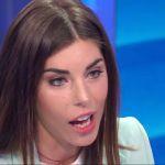 Bianca Atzei presenta Stefano Corti in famiglia: 'A cena in boxer e ciabatte'