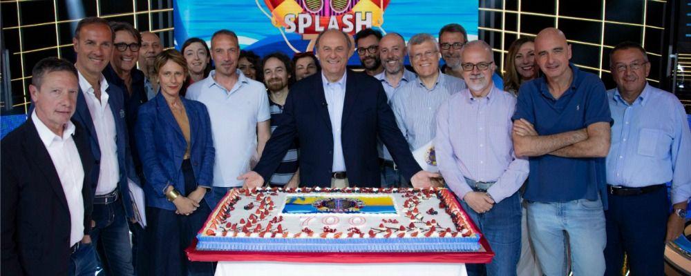 Caduta libera, Gerry Scotti festeggia le 700 puntate: la festa in tv