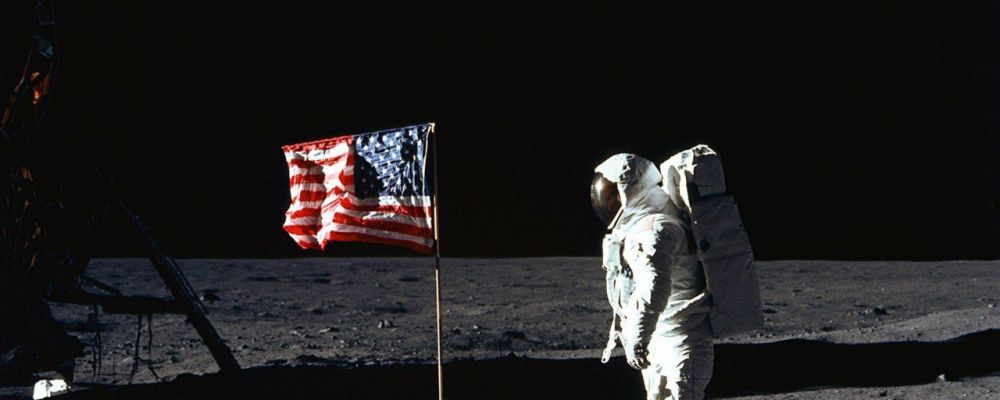 Quella notte sulla Luna, Piero e Alberto Angela per celebrare il Moon Day