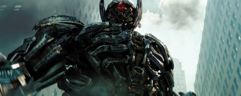 Transformers 3 Dark of the Moon, anticipazioni, cast e trama del film