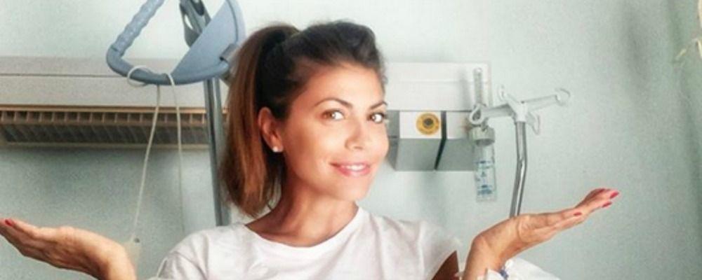 Flora Canto operata, 'estate di flebo e digiuni' per la compagna di Enrico Brignano