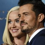 Orlando Bloom e Katy Perry, le foto: innamorati sul red carpet di Carnival Row