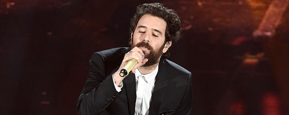 Tommaso Paradiso, il primo singolo senza i Thegiornalisti è per Baby di Netflix